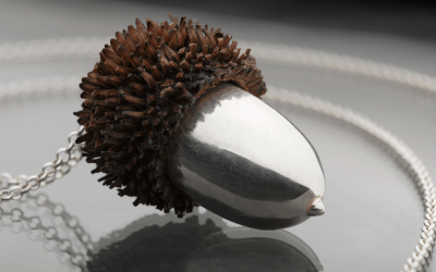 A real Acorn plated in pure sterling silver 925.